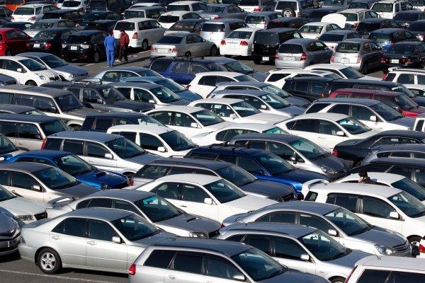 В Азербайджане готовится программа утилизации непригодных автомобилей