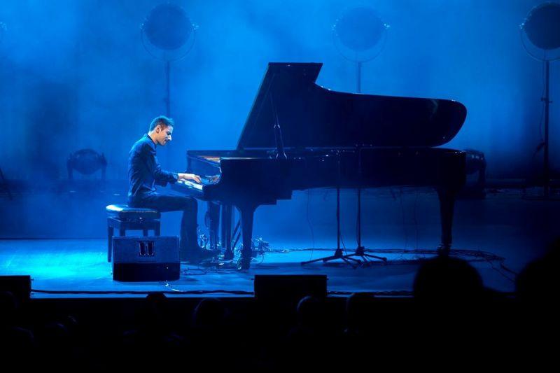 Самый быстрый пианист мира Петер Бенце вновь в Баку