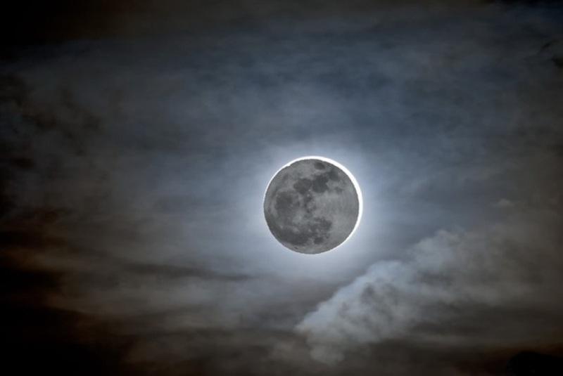 Произошло первое лунное затмение этого года