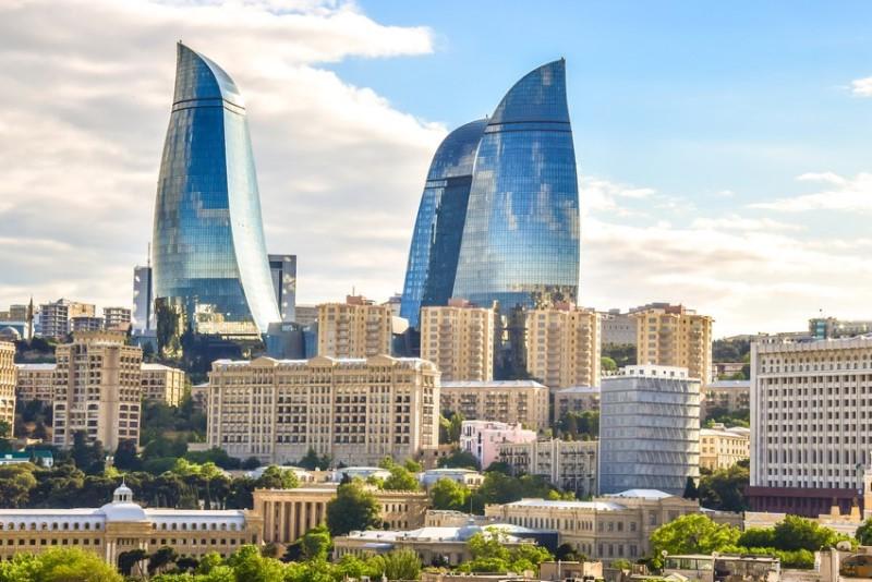 Стало известно, сколько человек приехали на ПМЖ в Азербайджан за полгода