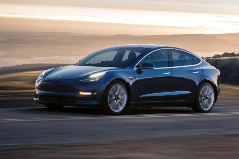 Tesla планирует увеличить продажи компактных автомобилей в Европе