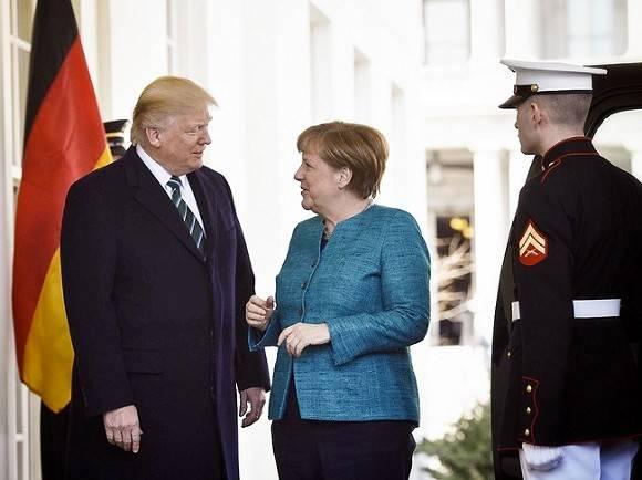 Правительство Германии критикует блокирование аккаунта президента США Дональда Трампа в
