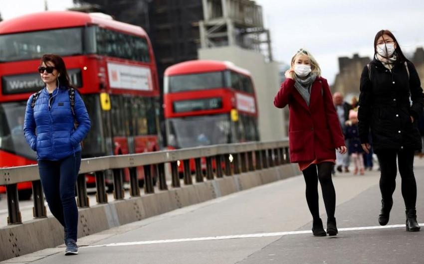 В Англии отменят обязательный масочный режим